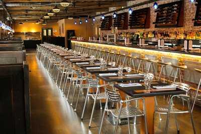 Medium restaurantps 4