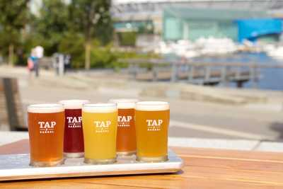 Medium tap drinks beerflights 2014 002