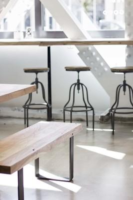 Medium stools