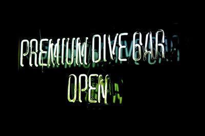 Medium premium dive bar