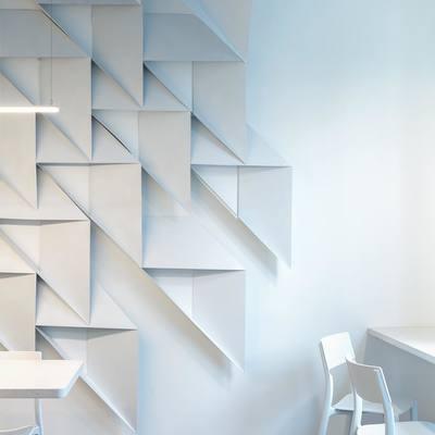 Medium walls